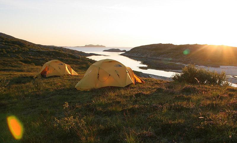 Två VE25 på Rødøya i Norge
