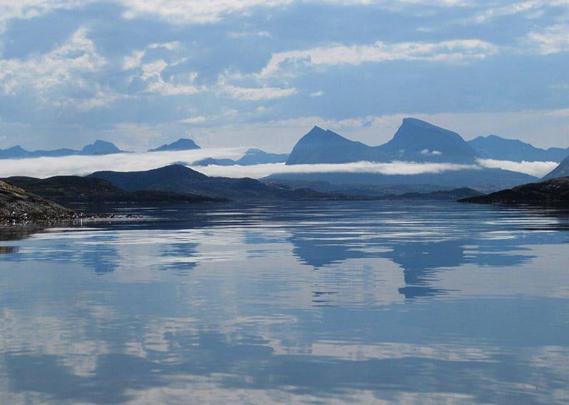Fina moln och platt vatten sista dagen på väg in mot Tonnes