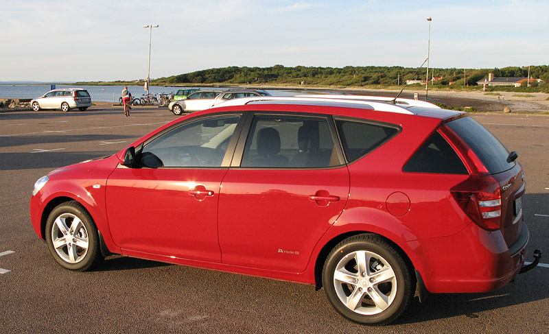 Nya bilen ute i Torekov - fanns tyvärr inte i Orange