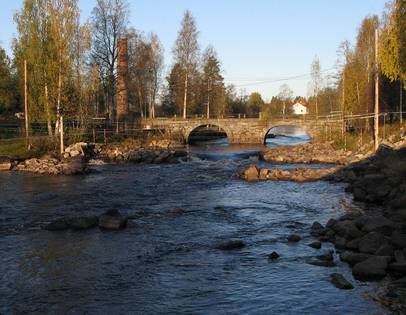 Bron och övre delen av Lissforsen