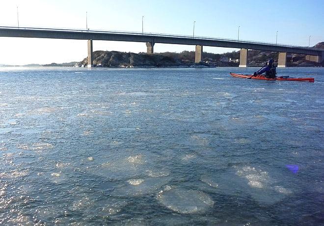 Issörja mellan Donsö och Styrsö, det mesta lättpaddlat men en del lite tjockare flak