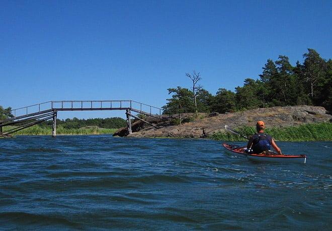 Bron mellan Långön och Björkskär, söder om Trosa