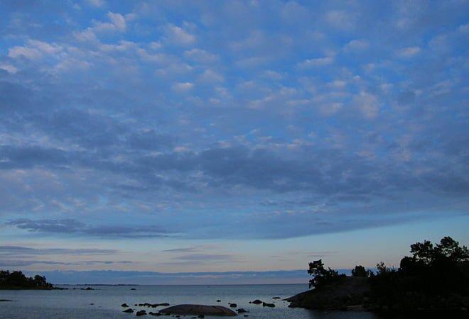 Himmel och lite hav österut