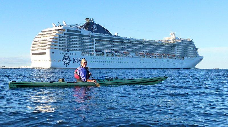 Till sist fick vi se en stooor båt :)