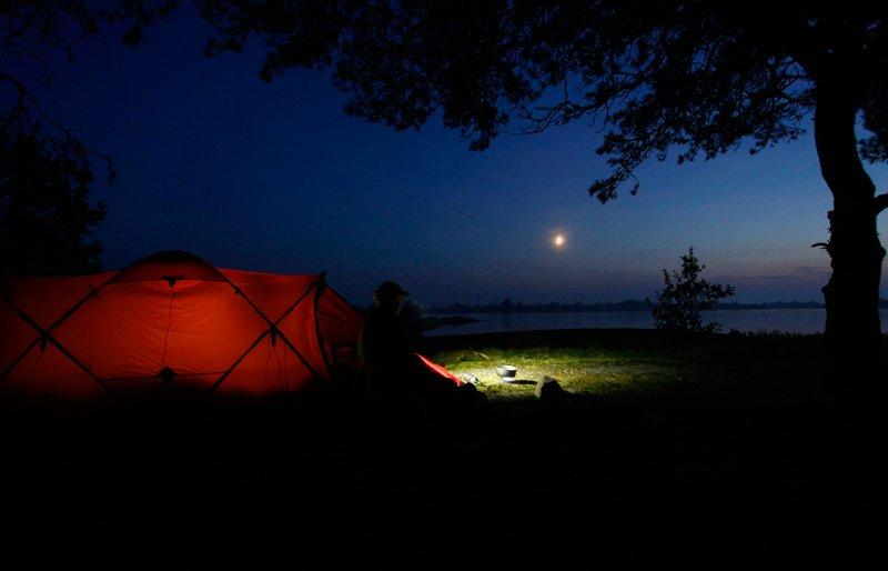 Tarra på Långaskär i Blekinge. Måne och fin oktoberkväll