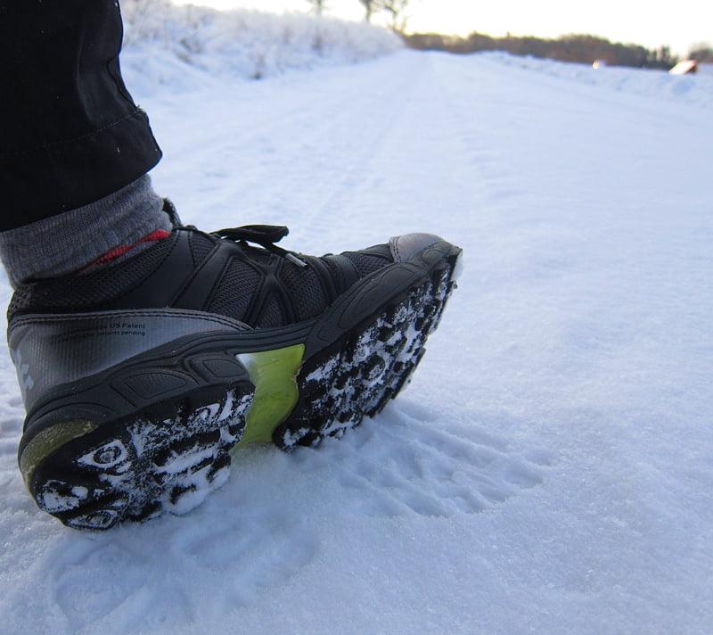 Icebug dubbade skor ger grymt bra grepp på både is, snö men även på blöta grenar och liknande i skog och mark
