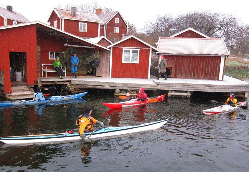 De andra på väg att dra sig in mot Klintemåla. Grått och lite ruggigt