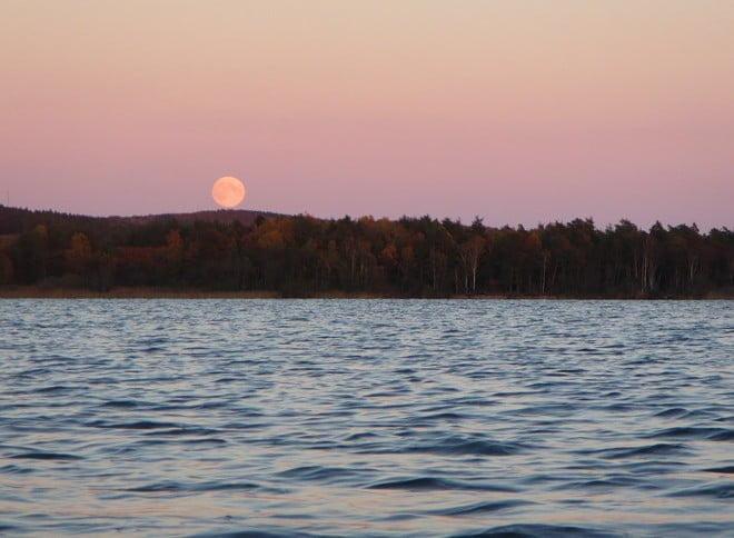 Och så lite fullmåne på det