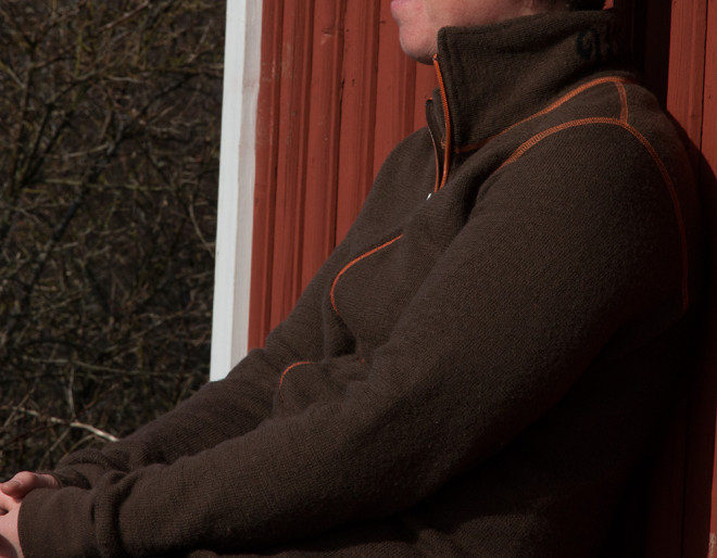 Brun Woolpower Full Zip Jacket på Valö