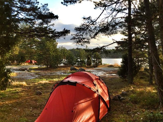 Fredagsförmiddag med sol på Lilla Bergö