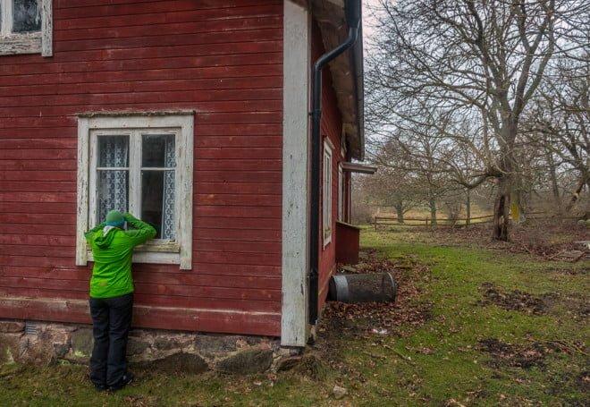 Man blir ju sugen på huset på Arpö, synd att det bara står och förfaller