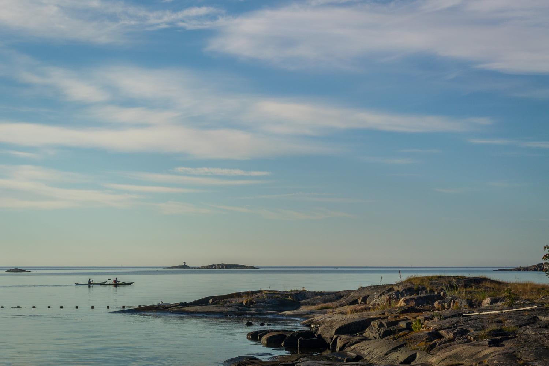 Morgontidiga paddlare utanför Skärvarp