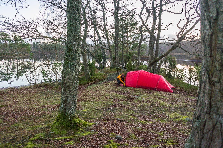 Tältet uppe på en finfin udde
