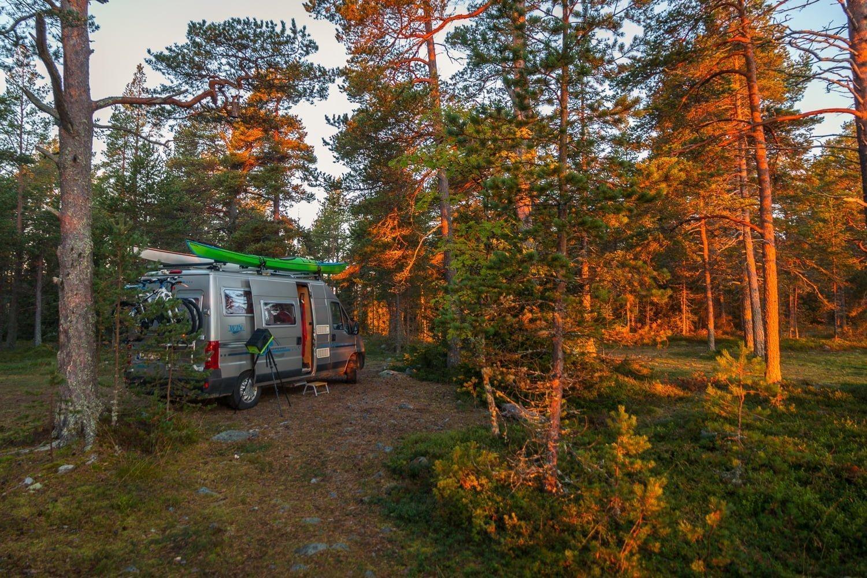 Morgonsol på Bjuröklubb. Dessutom med horisontvy