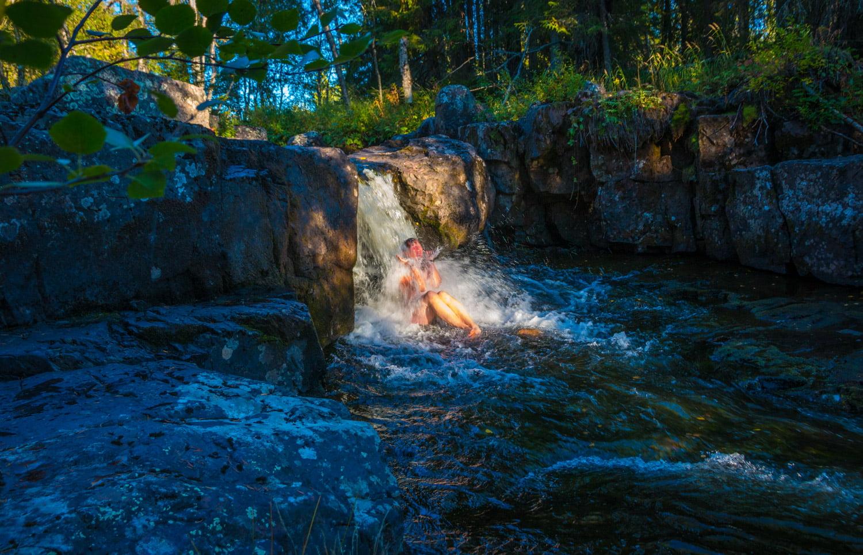 Gott litet badfall vid Fjätfallet